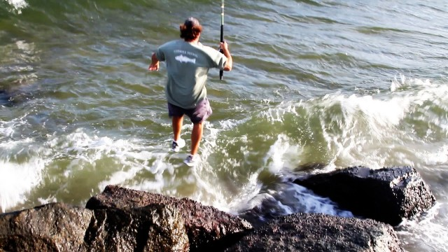 Incredible TARPON Fishing Jump Off Rocks to Catch Fish