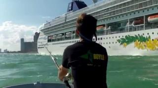Extreme Urban Fishing – Miami – Lunkerdog