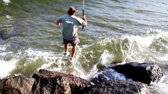 Incredible TARPON Fishing Jump Off Rocks to Catch Fish